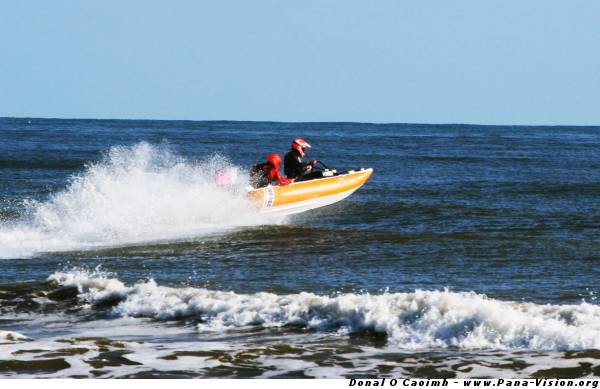Powerboating in Youghal